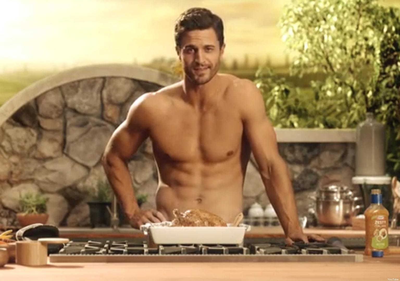 Sarah anuncios desnudos fotos