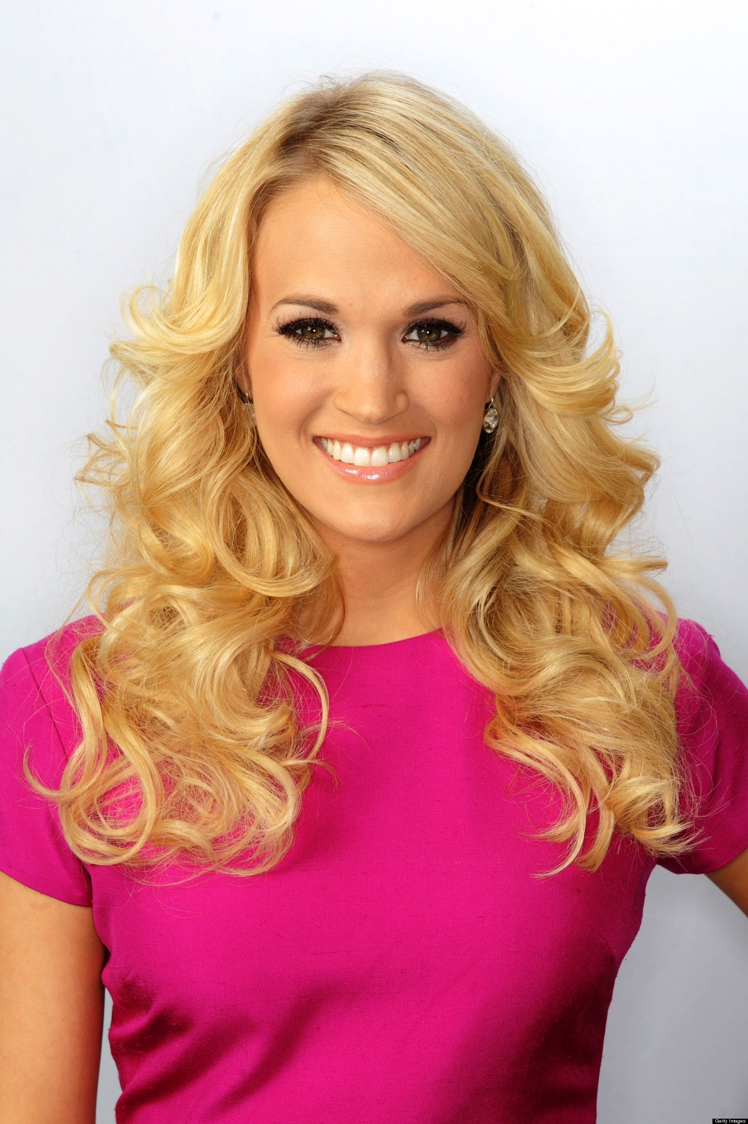 Carrie Underwood Donates $1 Million To Oklahoma Relief Efforts ...