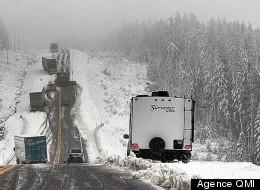 Conditions routières et météo difficiles : carambolage sur l'autoroute 20