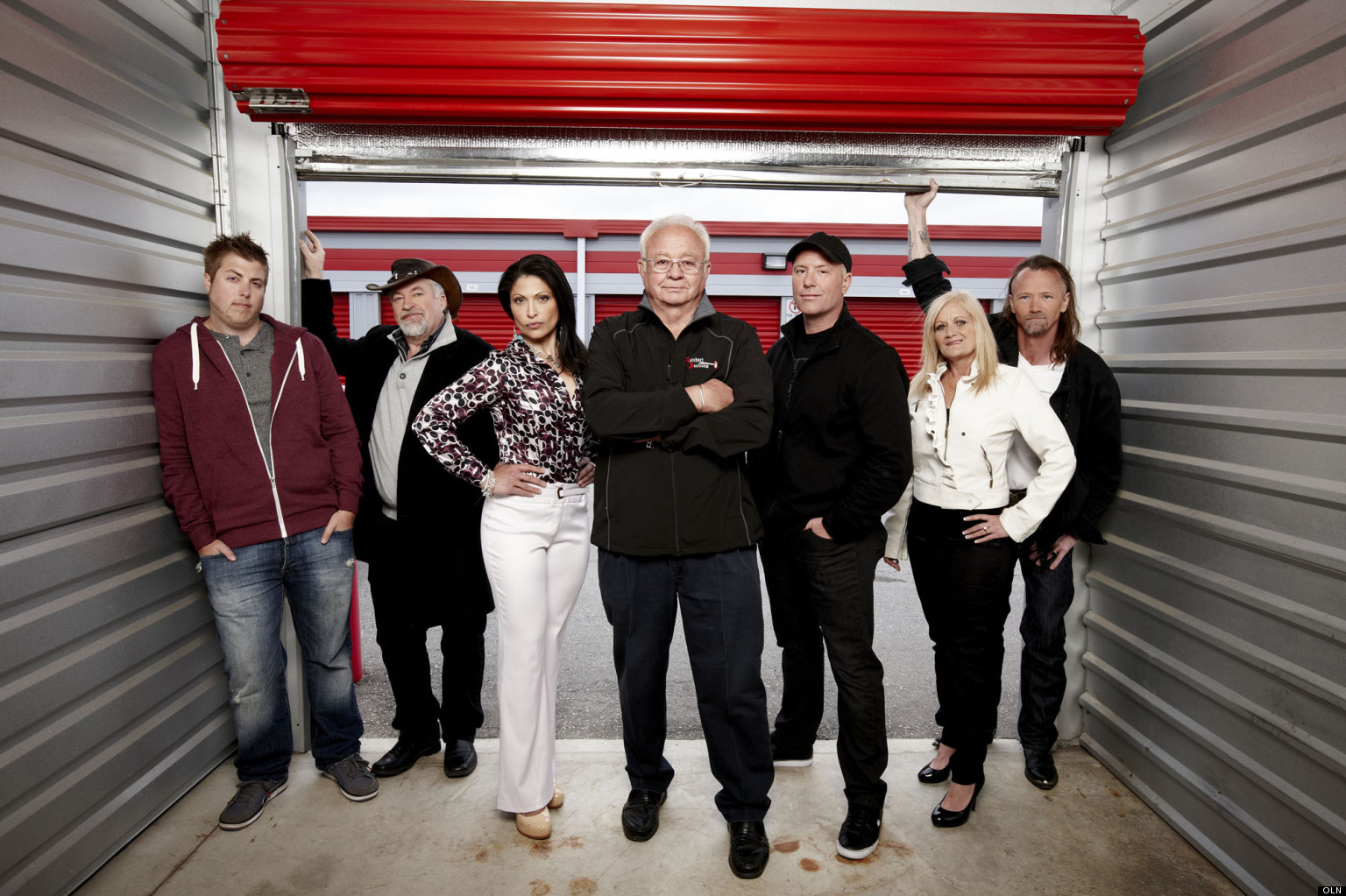 STORAGE-WARS-CANADA-CAST-facebook.jpg