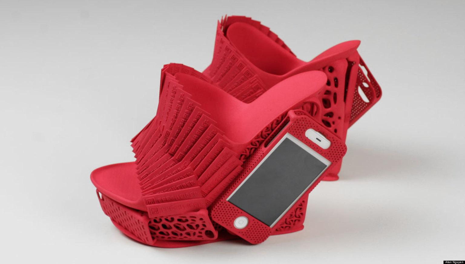 3d printed iphone holder shoes are the footwear of choice for 3d printer layouts