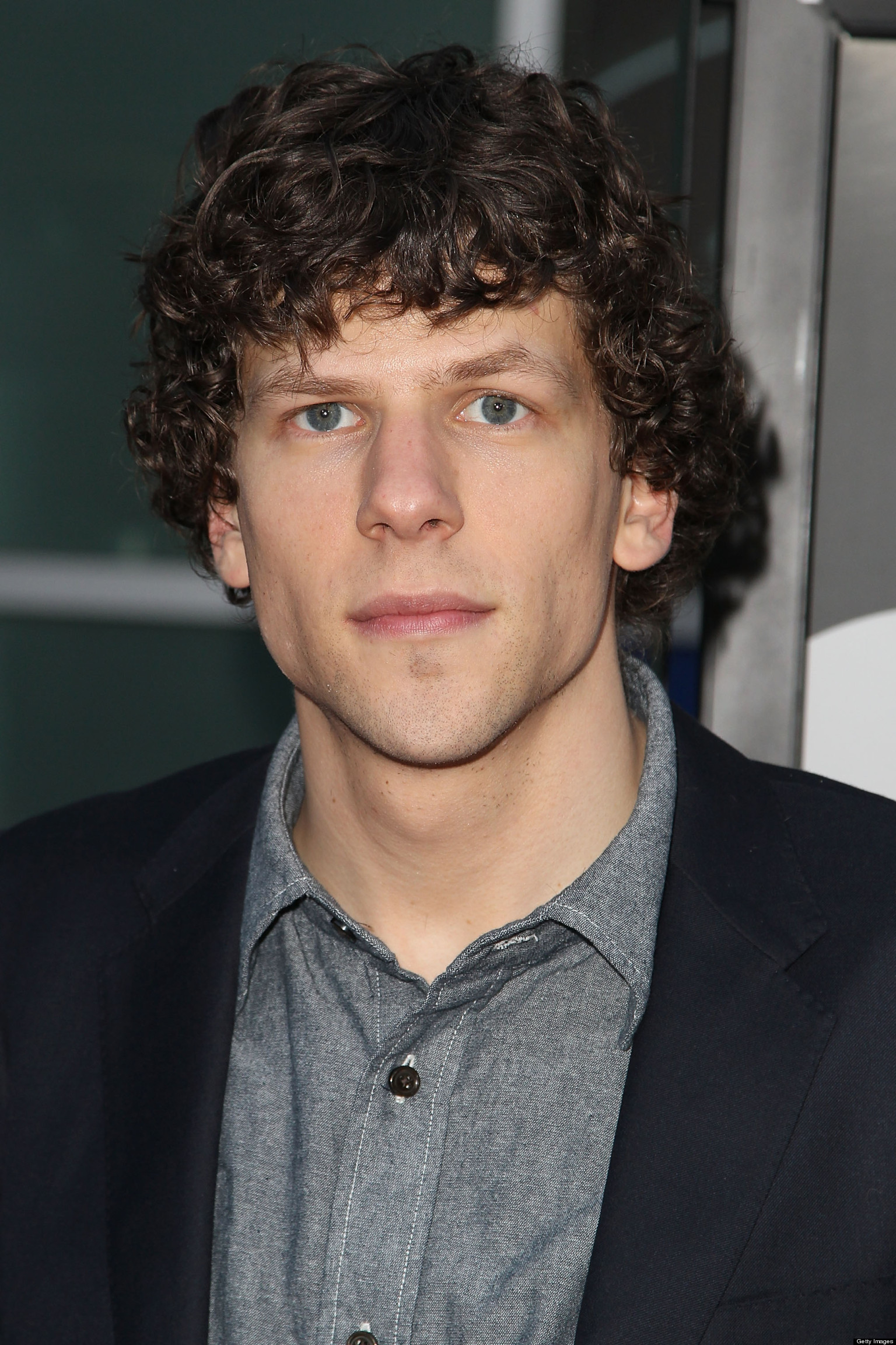 Jesse Eisenberg Interview Is Super Awkward (VIDEO) | HuffPost Jesse Eisenberg