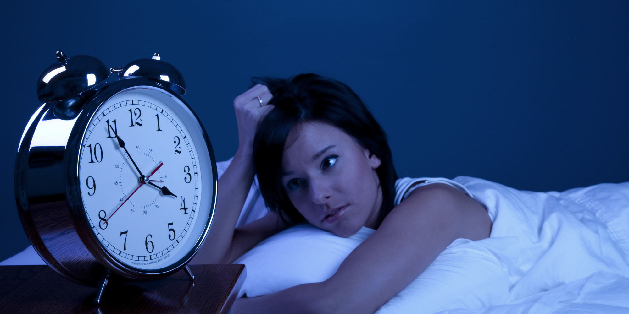 Problems Staying Asleep: Why You're Waking Up In The Middle Of The Night   Huffpost