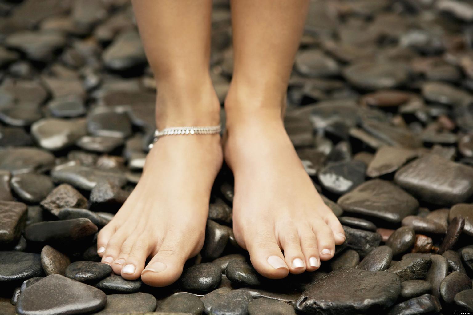 Фотографии ступней с длинными пальчиками 10 фотография