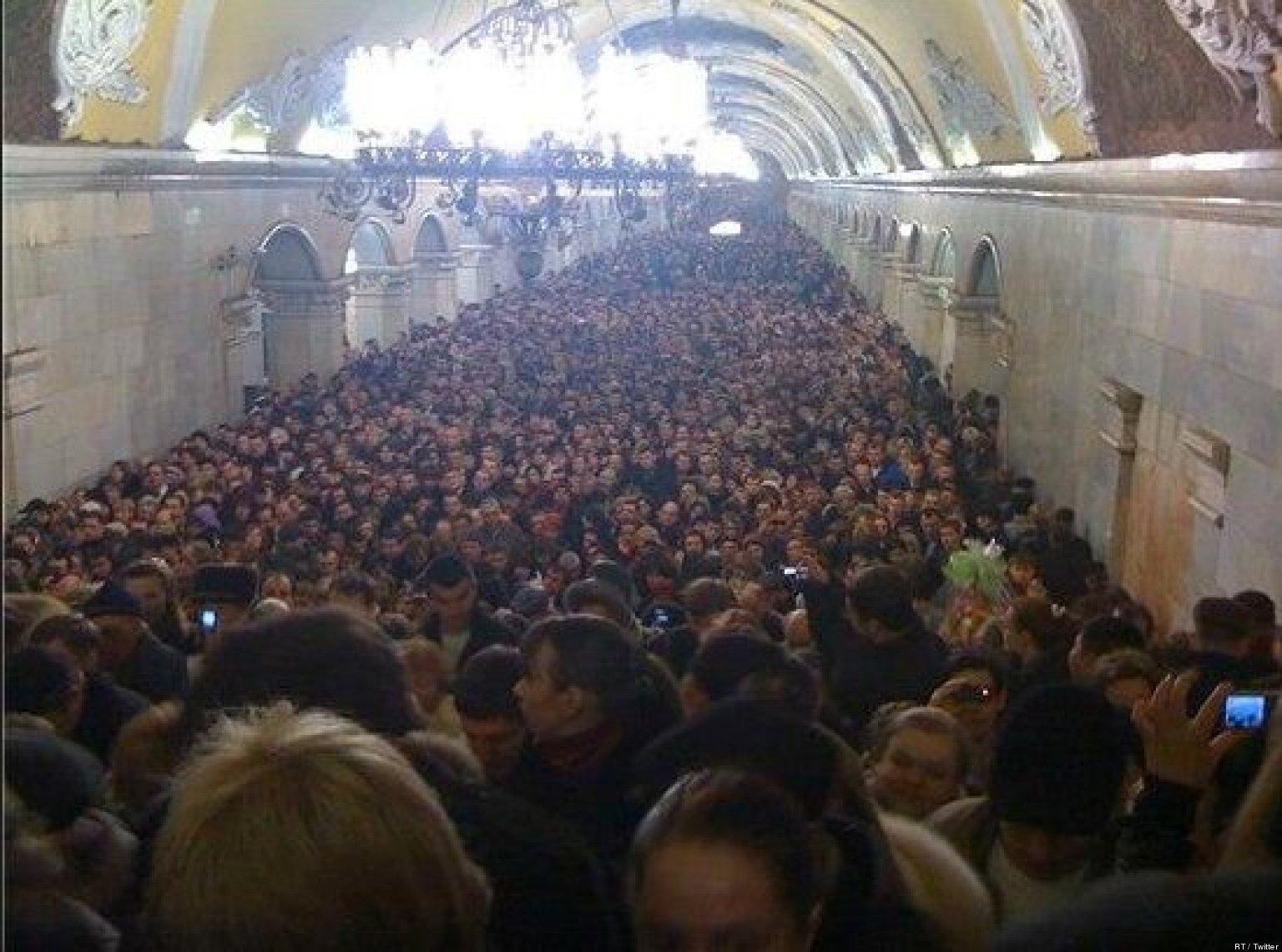 http://i.huffpost.com/gen/1173852/images/o-MOSC-facebook.jpg