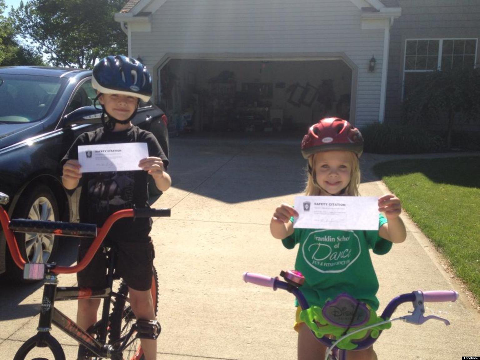 Operation Safe Summer Police Reward Kids For Wearing