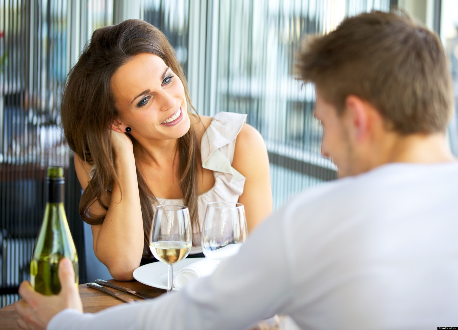 Should I Date Someone Who's Sober if I'm a Social Drinker?
