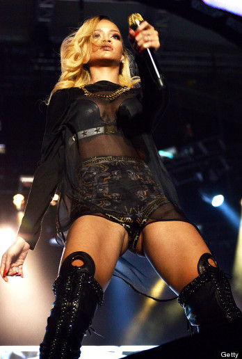 Rihanna Flashes Audience Onstage In Istanbul