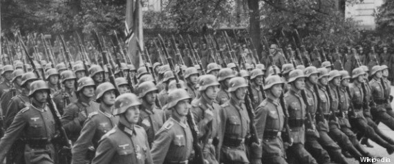 http://i.huffpost.com/gen/1176623/thumbs/r-SOLDATS-NAZIS-large570.jpg?6