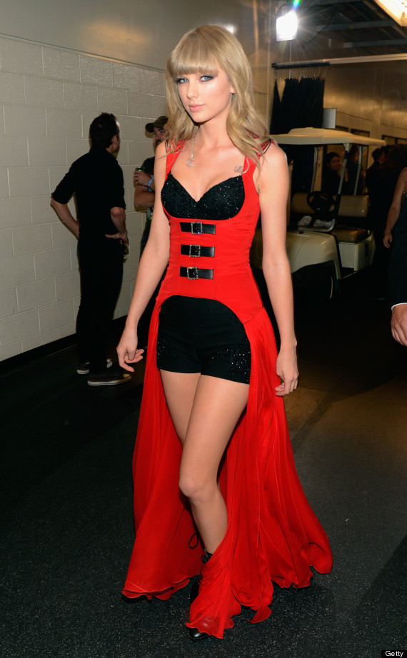 taylor swift cmt awards