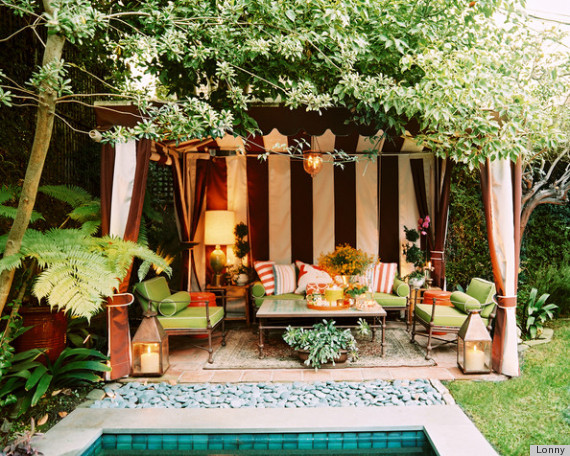 8 summer patio ideas by lonny that will make you wish you - Outdoor room ideas pinterest ...