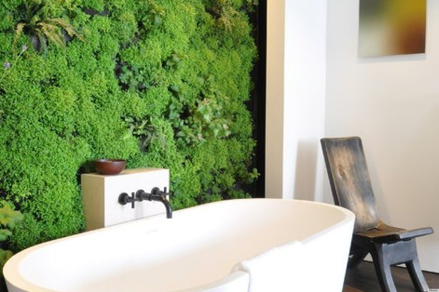 10 indoor vertical gardens that make potted plants look old school photos huffpost. Black Bedroom Furniture Sets. Home Design Ideas