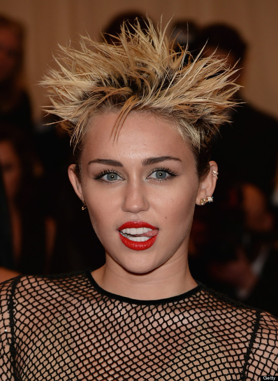 Miley Cyrus Can't Seem To Keep Her Tongue In Her Mouth ...