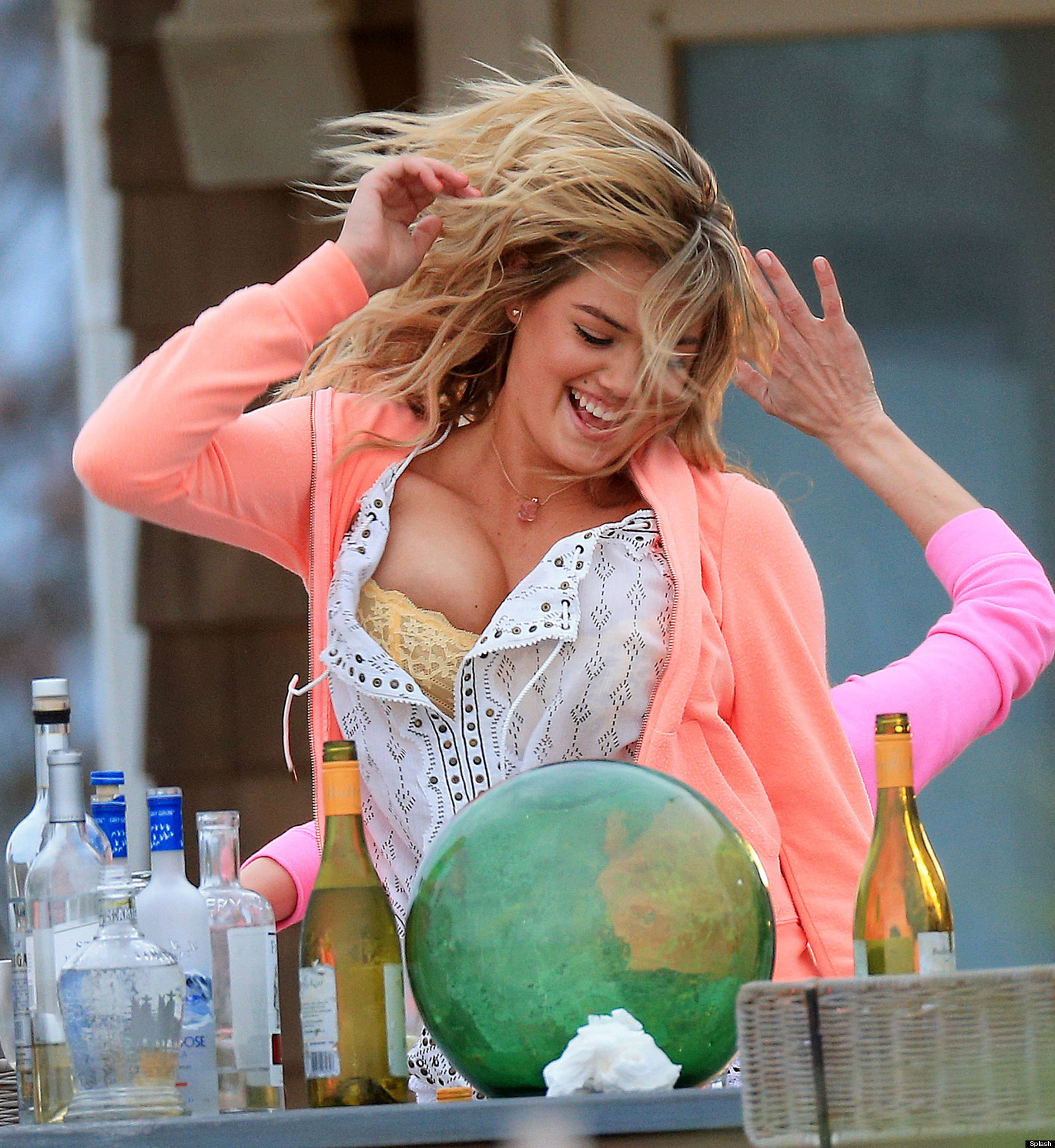 Kate Upton Has Trouble Containing Her Famous Assets On Set