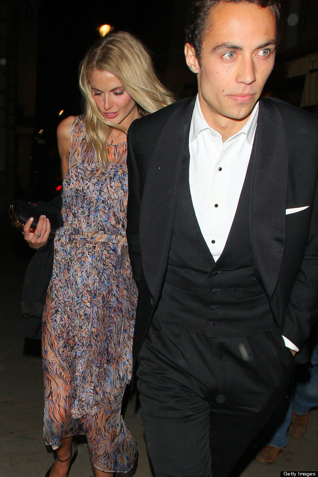 Donna Air couple