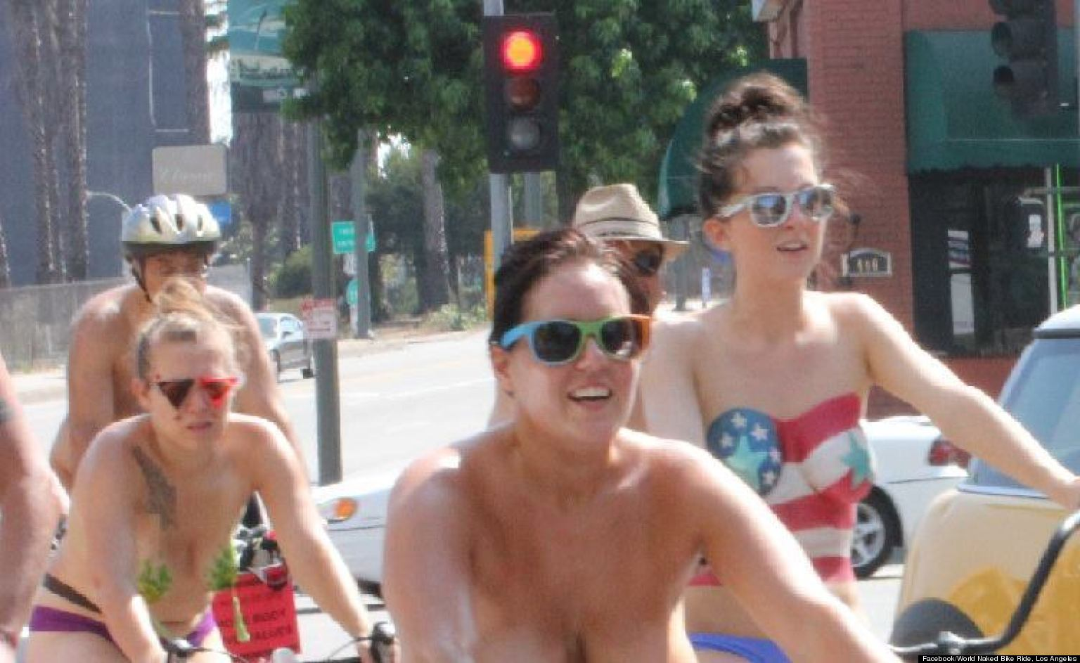 girls naked bike ride pictures