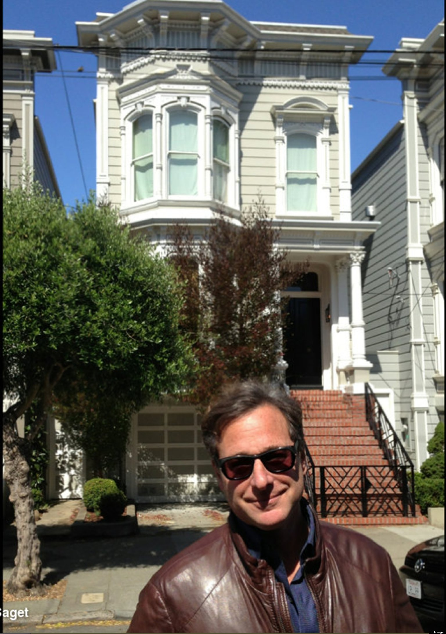 39 full house 39 bob saget stops by san francisco house calls it 39 creepy 39 photo huffpost. Black Bedroom Furniture Sets. Home Design Ideas