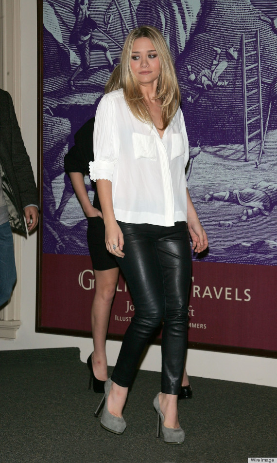 Ashley Olsen 39 S Style 27 Reasons We 39 Re Obsessed With The Designer Photos Huffpost