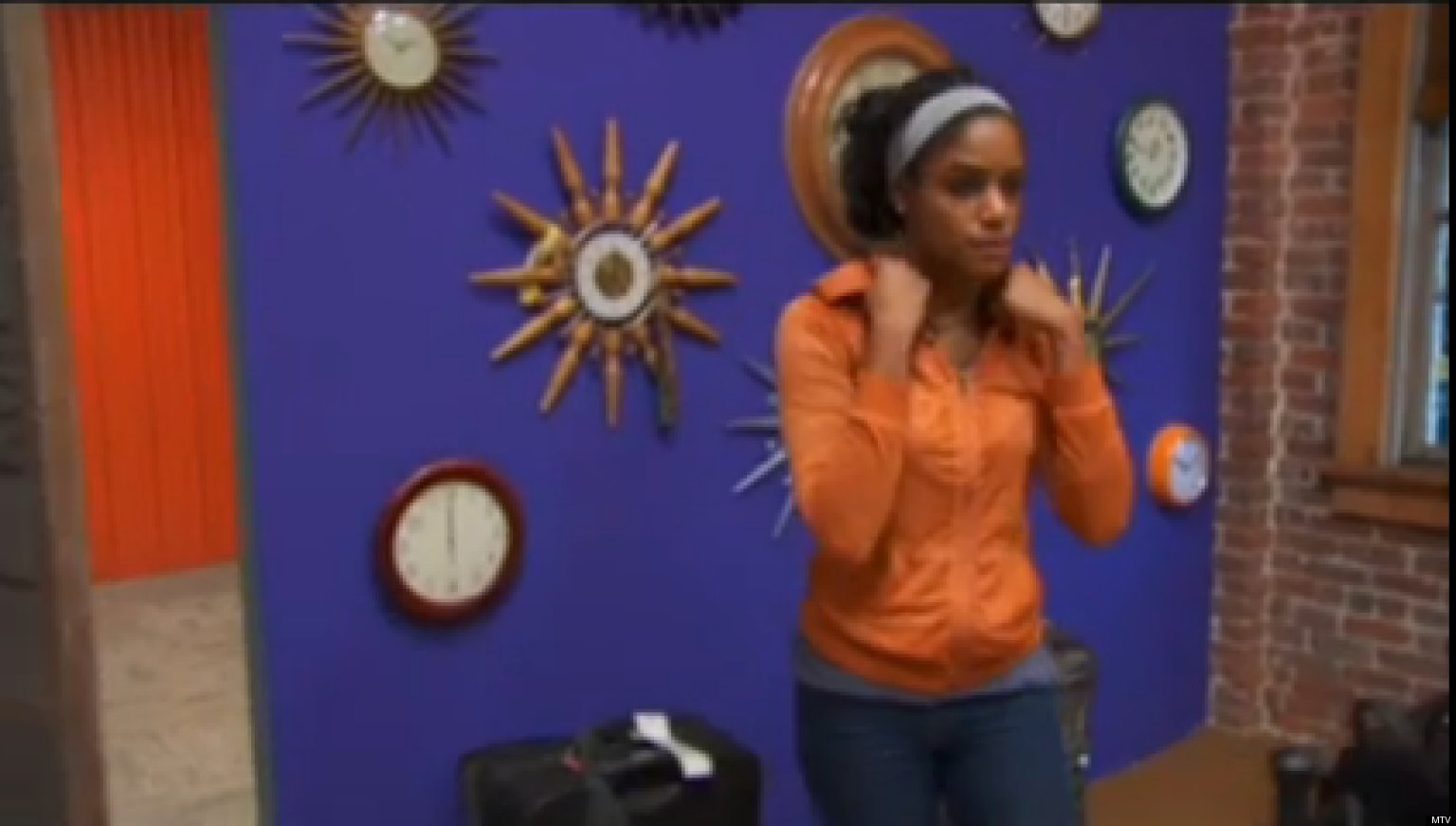 39 The Real World Portland 39 Nia Packs Up As Roommates Vote