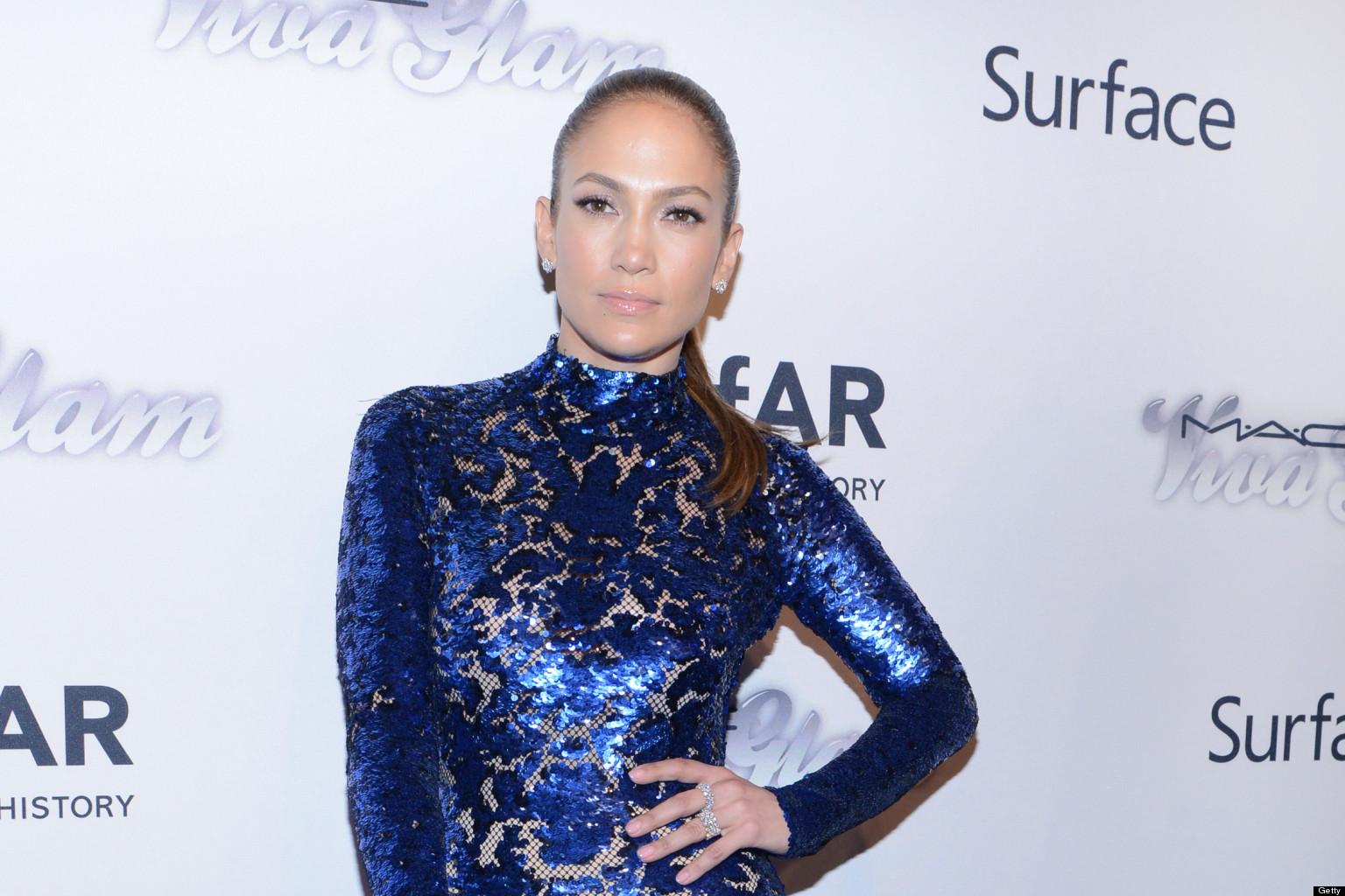 Aishwarya Rai Gets Copied: Jennifer Lopez Wears Similar ...