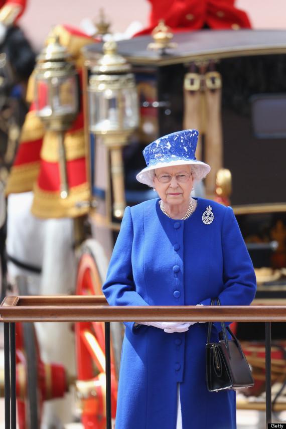 queen trooping
