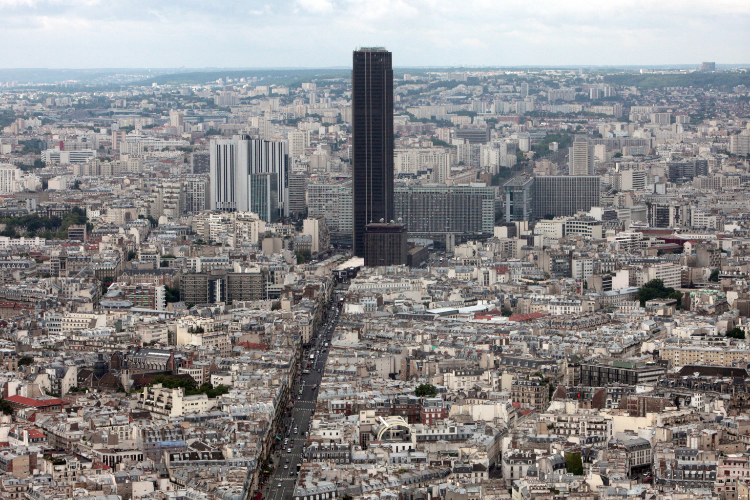 opinions on tour montparnasse. Black Bedroom Furniture Sets. Home Design Ideas