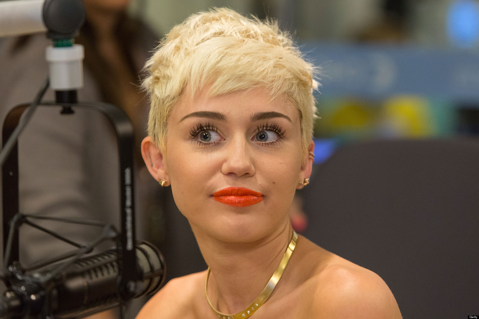 Miley Cyrus: Miley Cyrus And Weed: Singer Dishes On Her Mentality