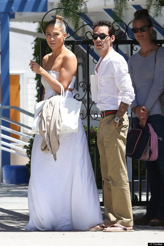 jennifer lopez wedding dress
