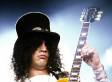 Slash Looks Unrecognizable At The Beach: Ex Guns N' Roses Guitarist Spotted On Vacation (PHOTO)