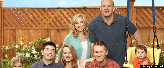 Good Luck Charlie To Feature Lesbian Couple