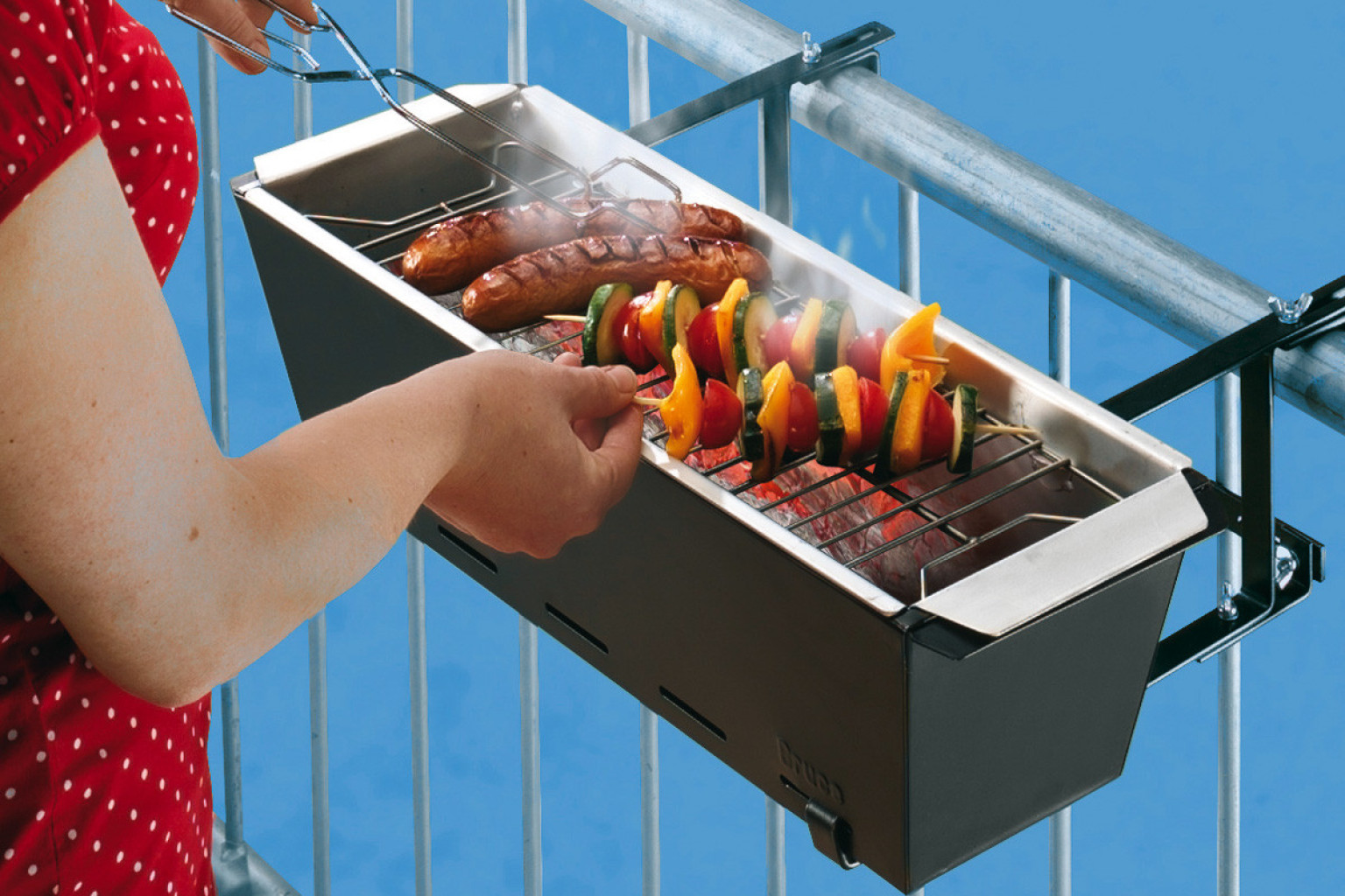 balcony grill barbecue has never seemed so incredibly dangerous photo huffpost. Black Bedroom Furniture Sets. Home Design Ideas