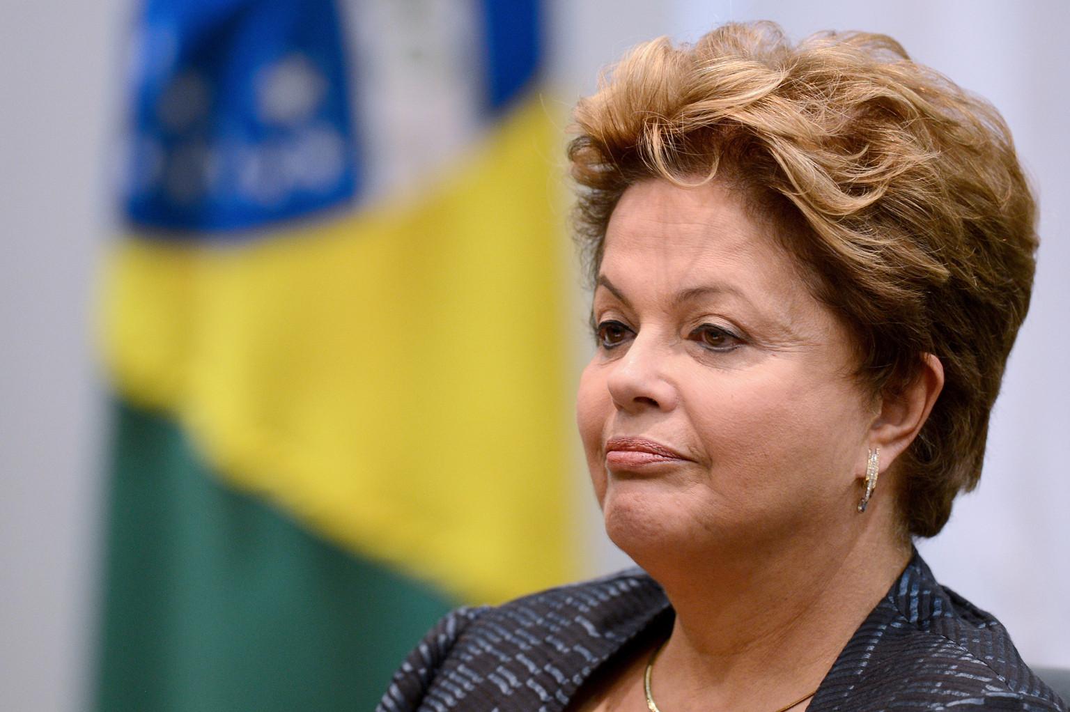 Rousseff sufre simbólica derrota en Congreso tras reelección