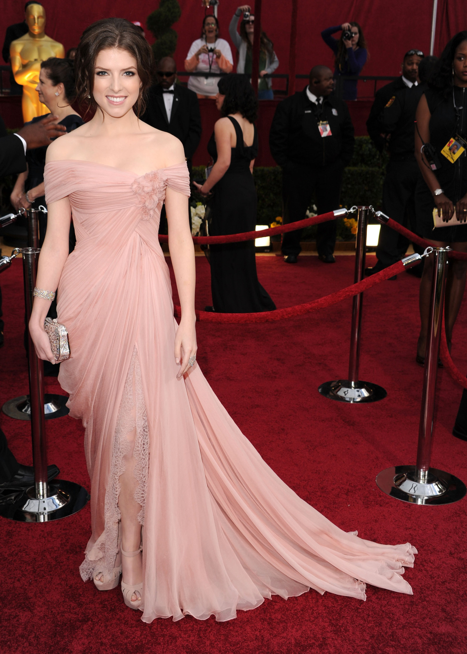 The Woods Wood Be Quiet If No Birds Sang Except The Best: Anna Kendrick & 'Into The Woods': Actress In Talks For