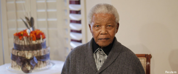 l 39 anniversaire de mandela le prix nobel de la paix f te ses 95 ans le 18 juillet. Black Bedroom Furniture Sets. Home Design Ideas