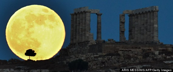 WOW: Eye-Popping Supermoon Photos From Skywatchers Worldwide