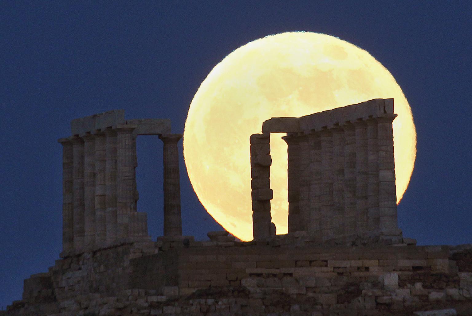 photos  la super lune 2013 s u0026 39 est produite dimanche