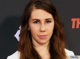 PHOTOS: Zosia Mamet's 'Pantsless' Look Gives Us Lena Dunham Flashbacks