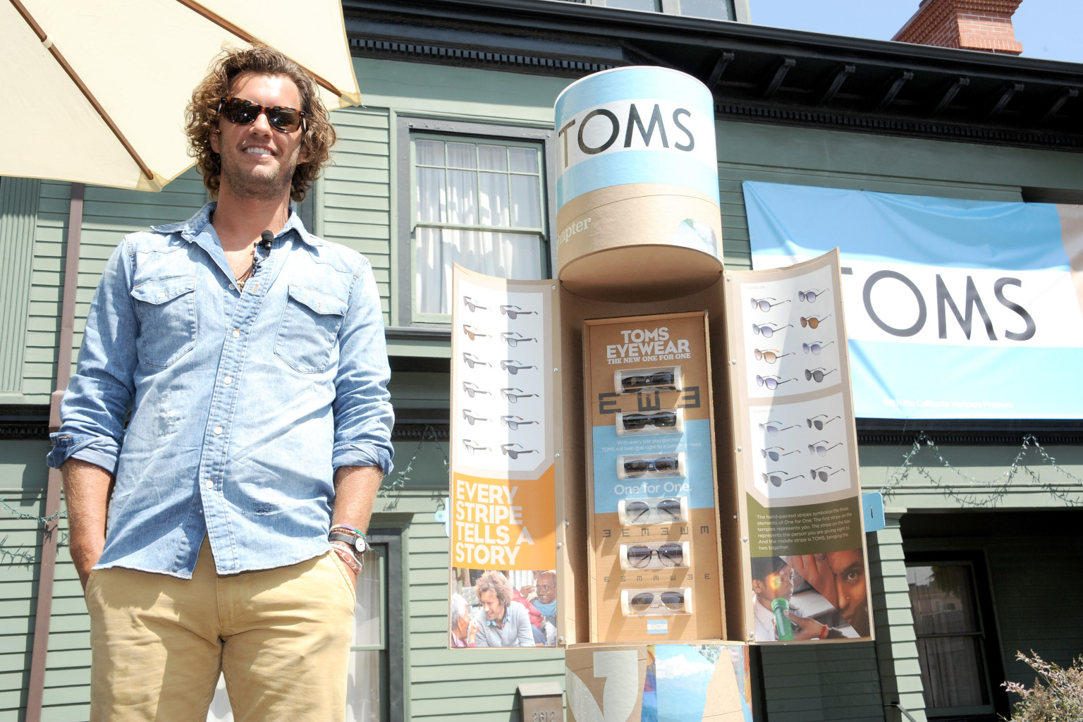 owner of toms shoes