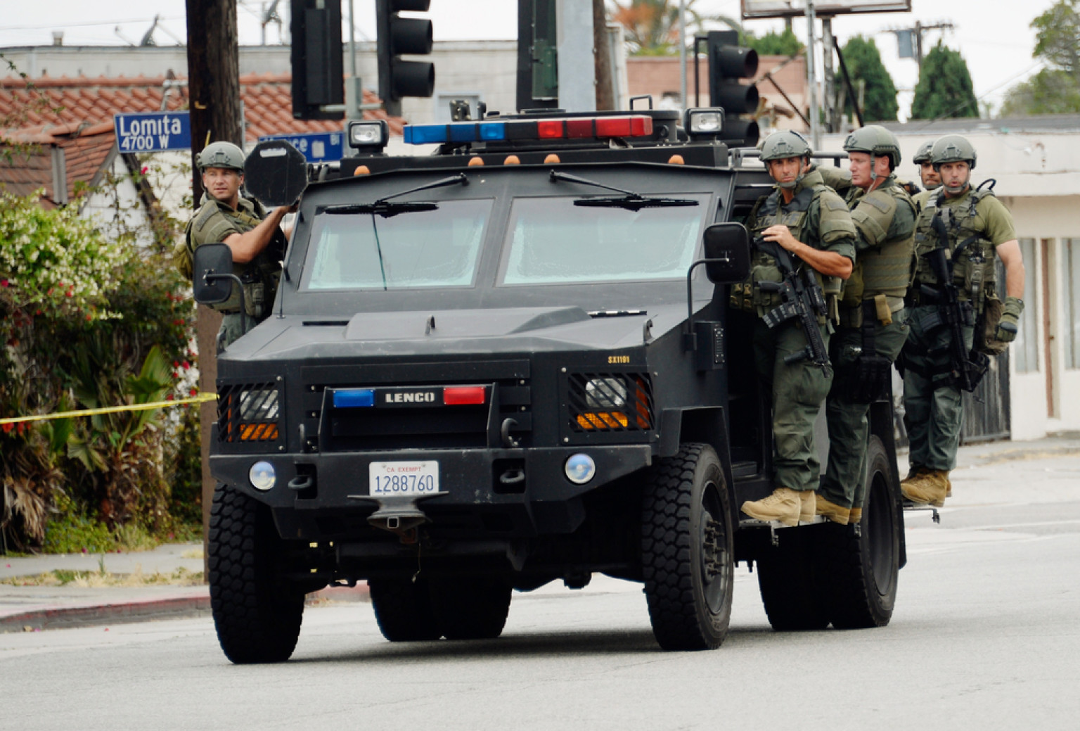 Lapd bomb squad truck google search armored police for Patriot motors oakland md