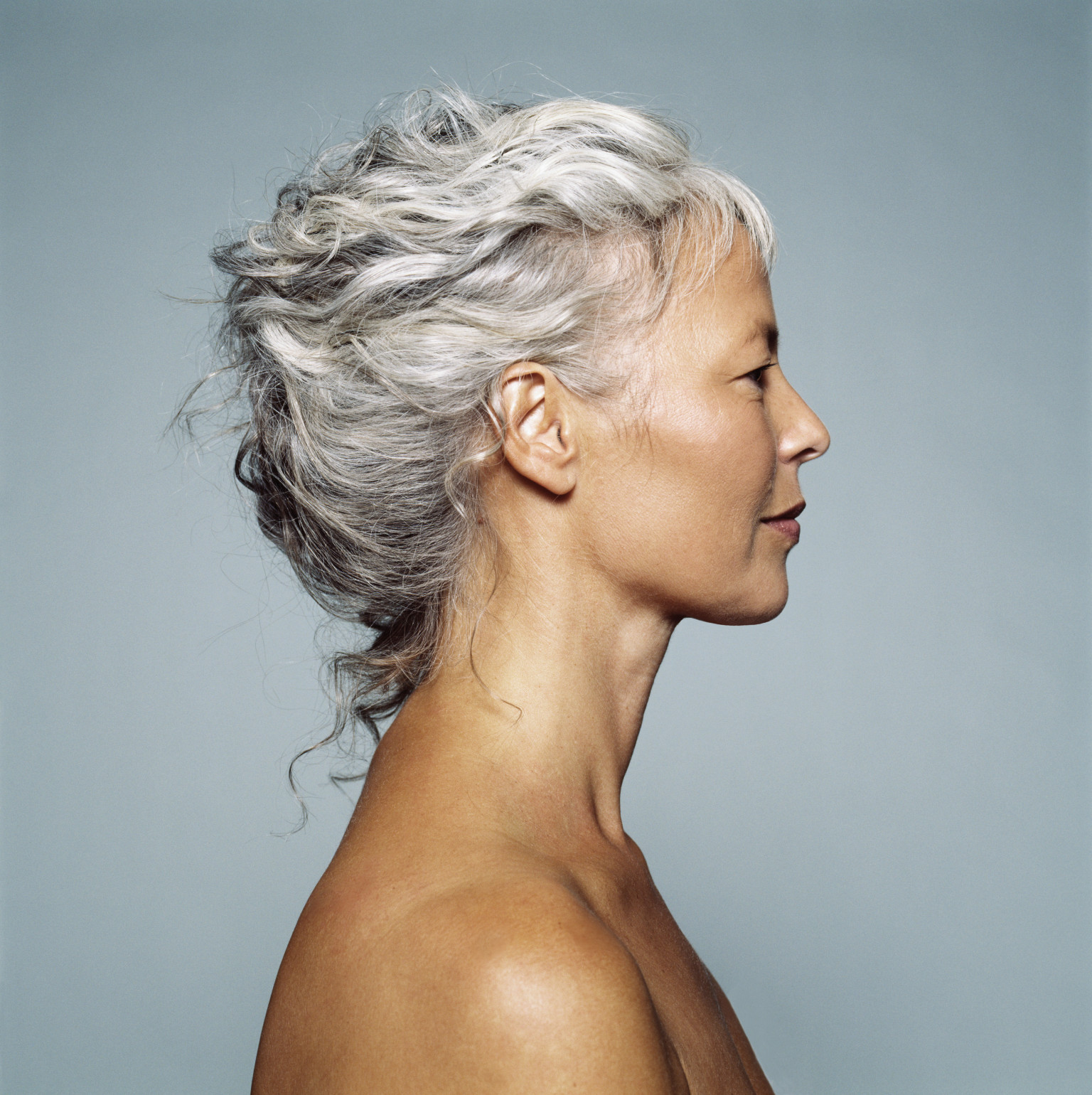 gray women Young women around the world have gotten fed up with how good older silver  vixens can sometimes look with their gray hair and have started dying their hair.