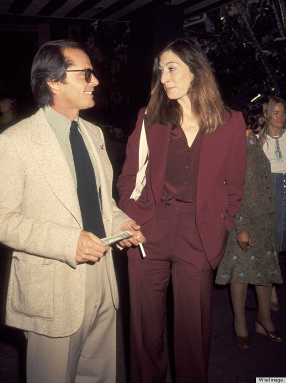 Anjelica Huston's Style: This Lady Is A Total Glamazon ...