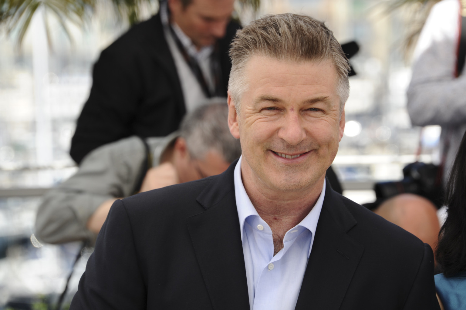 Alec Baldwin Says Sorry To Gay Groups After Homophobic ... Alec Baldwin Facebook