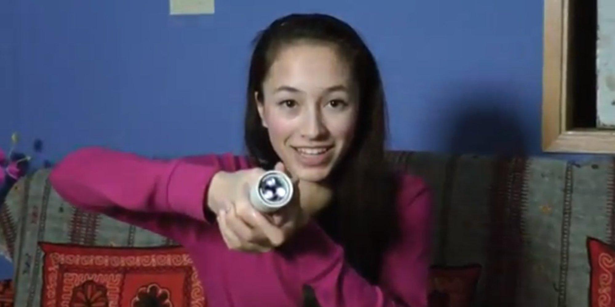 Ann Makosinski, 15-Year-Old, Invents Body Heat-Powered Flashlight ...