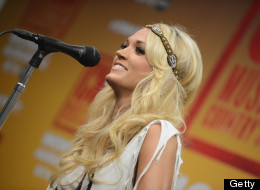 Carrie Underwood Enjoys Blocking Twitter Trolls