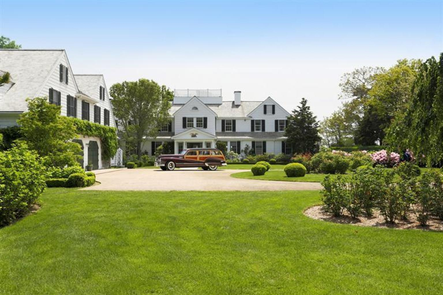 Bill koch 39 s house in cape cod is listed for 15 million for Cod home