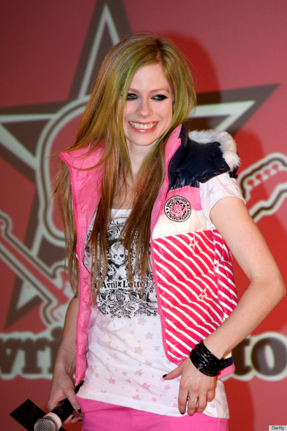 Avril Lavigne S Black Wedding Dress Could Ve Been So Much