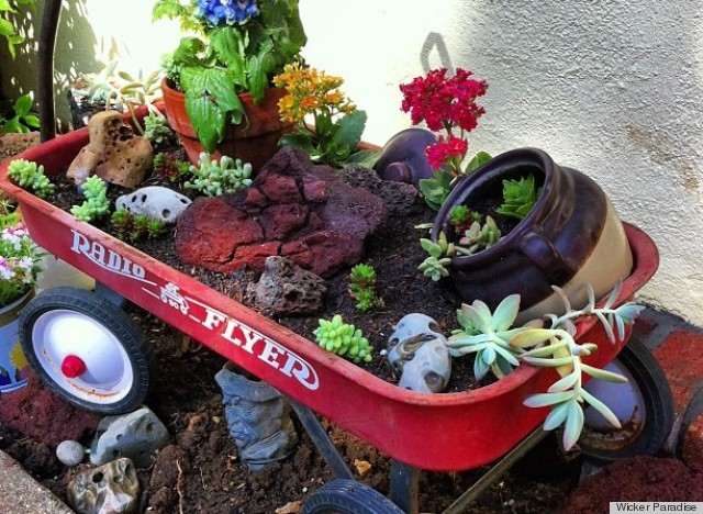 Create A Clever Container Garden Using An Old Wagon PHOTO The