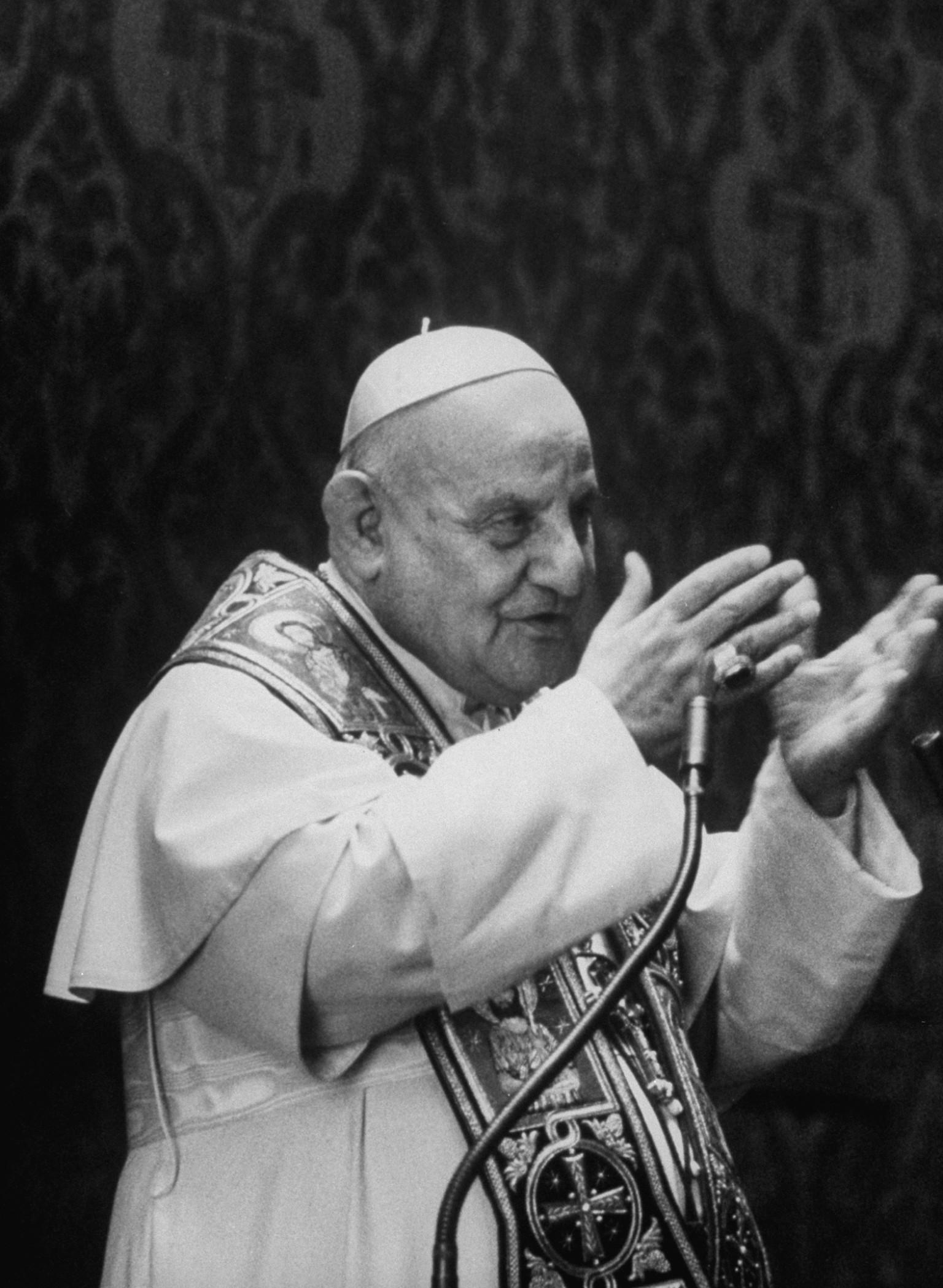 pope john xx111 On the occasion of pope john xxiii's canonization, lifecom recalls the landmark vatican ii council that heralded a new era in the church.