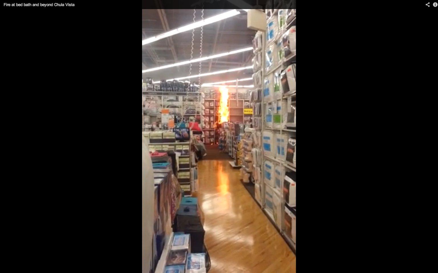 bed bath and beyond fire caught on tape by customer video. Black Bedroom Furniture Sets. Home Design Ideas