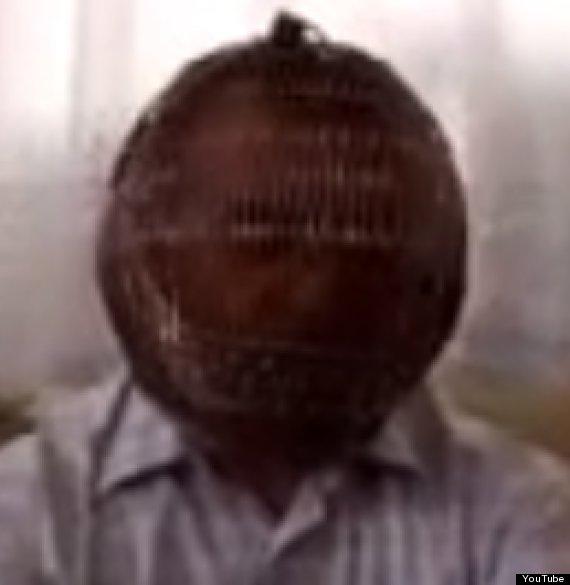 ibrahim yucel smoking cage